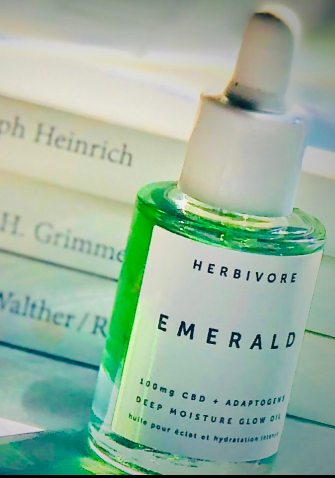 REVIEW: Herbivore Emerald CBD Glow Oil  + Meet Sasha